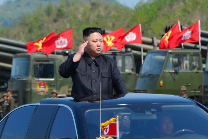 "Trump nói ""vinh dự"" nếu gặp Kim Jong-un - 1"