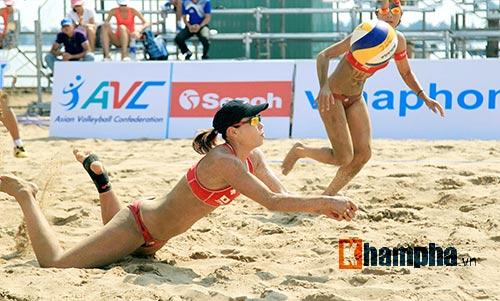 """""""Bóng hồng"""" châu Á khoe dáng chuẩn tại giải bóng chuyền bãi biển - 10"""