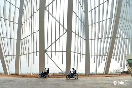 Cận cảnh cổng chào gần 200 tỷ của tỉnh Quảng Ninh - 9
