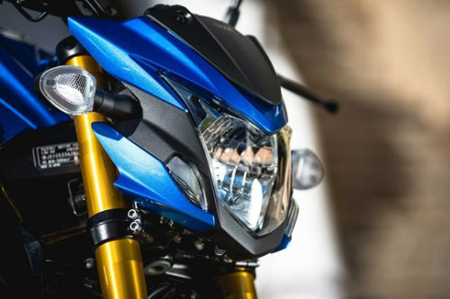 "Suzuki GSX-S750 ""ăn thịt"" đối thủ Ducati Monster 797? - 9"