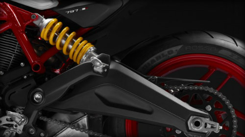 "Suzuki GSX-S750 ""ăn thịt"" đối thủ Ducati Monster 797? - 7"