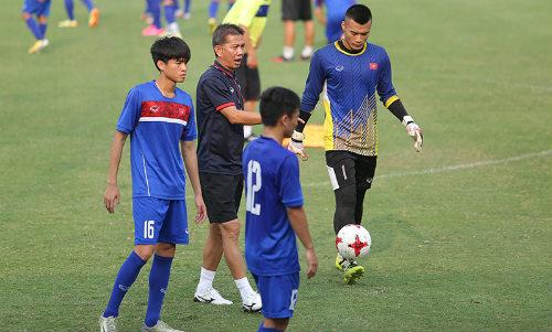 U20 Việt Nam - U20 Argentina: HLV Hoàng Anh Tuấn lo bị tâm lý - 8