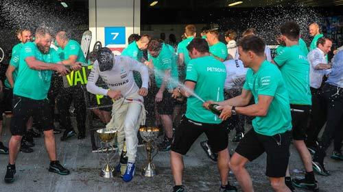 Đua xe F1: 4 năm chiến đấu, 4 tháng đổi vận, 1 lần trên đỉnh - 1