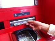 Tài chính - Bất động sản - Chủ thẻ ATM chỉ phải chịu 2 loại phí dịch vụ trong tổng số 6 loại phí này