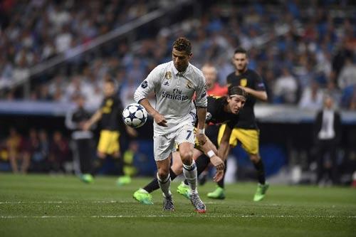 Xúc cảm Real – Atletico: Tóe lửa, đổ máu và Ronaldo - 12