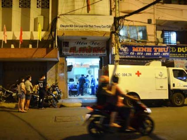 Tin tức trong ngày - Chủ tiệm uốn tóc phát hiện nam Việt kiều gục chết trong nhà