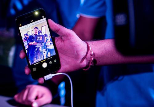 Vivo V5s tiếp tục giữ vững tính năng Selfie khủng chưa từng có - 6
