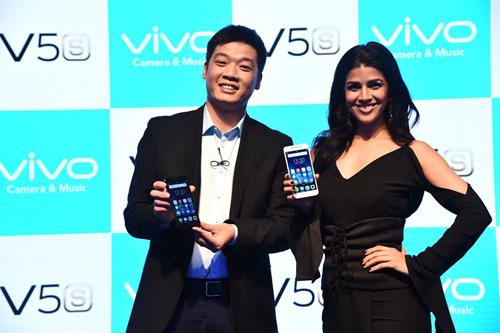 Vivo V5s tiếp tục giữ vững tính năng Selfie khủng chưa từng có - 7