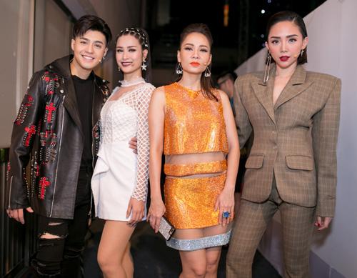Cận cảnh xế sang 13 tỷ Đông Nhi lái đi chấm thi The Voice - 11