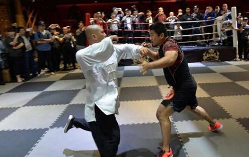 """MMA sỉ nhục võ Trung Quốc, """"Đệ nhất Thiếu Lâm"""" gửi chiến thư - 1"""