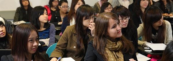 Top 10 trường Đại học có nữ sinh nóng bỏng nhất thế giới năm 2017 - 9