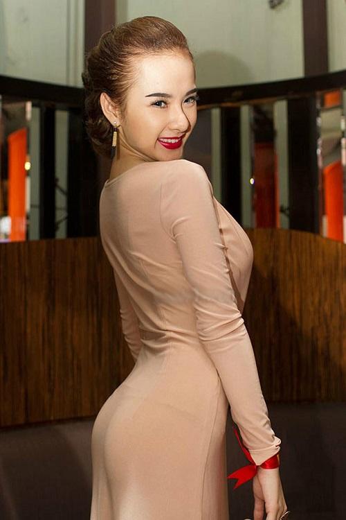 """""""Lật tẩy"""" số đo vòng 3 thật sự của Elly Trần, Thủy Tiên - 7"""