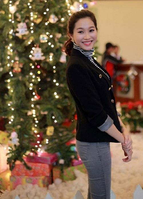 """""""Lật tẩy"""" số đo vòng 3 thật sự của Elly Trần, Thủy Tiên - 11"""