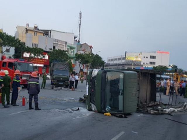 Xe chở cảnh sát gặp nạn, 2 chiến sĩ trọng thương
