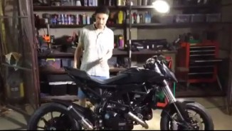 Johnny Trí Nguyễn phục hồi mô tô PKL Ducati HyperMotard