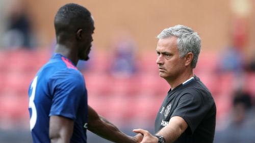 """Biến MU thành """"trại lính"""", Mourinho quyết phá lời nguyền - 1"""