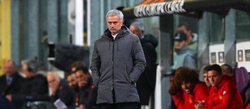 """Biến MU thành """"trại lính"""", Mourinho quyết phá lời nguyền - 2"""