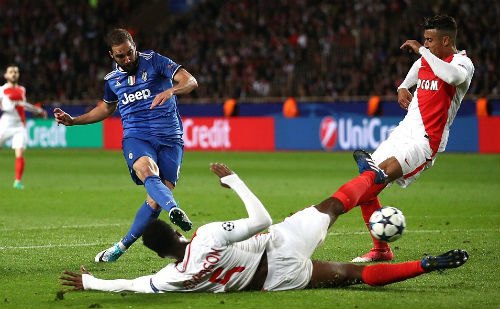 Juventus - Higuain rực sáng: Hãy đợi đấy, Real, Ronaldo - 1