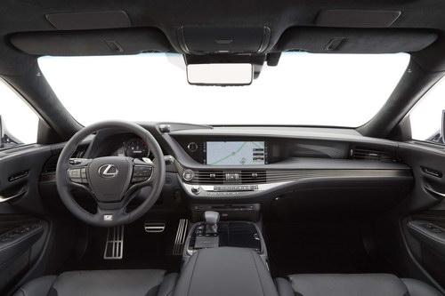 """Lexus LS500 2018 cực """"ngầu"""" trong bộ cánh F Sport - 4"""