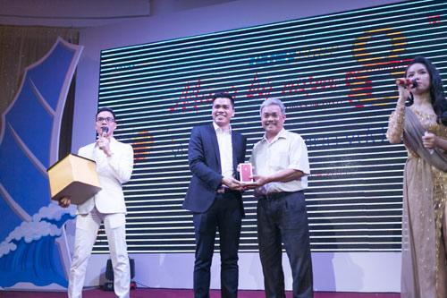 Gần 1000 khách hàng tham dự Gala kỷ niệm 8 năm thành lập Phú Gia Thịnh - 2