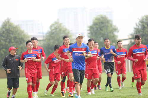 Công Phượng, Tuấn Anh động viên đàn em U20 Việt Nam - 2