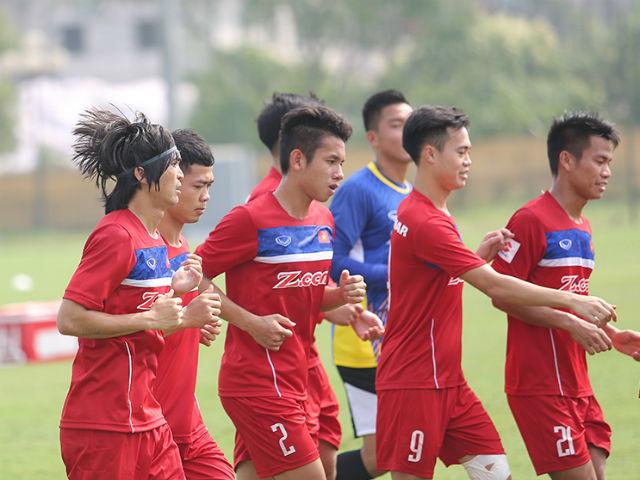 Công Phượng, Tuấn Anh động viên đàn em U20 Việt Nam