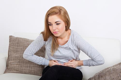Viêm đại tràng mạn tính: Vì sao chữa nhiều cách không khỏi hẳn? - 1