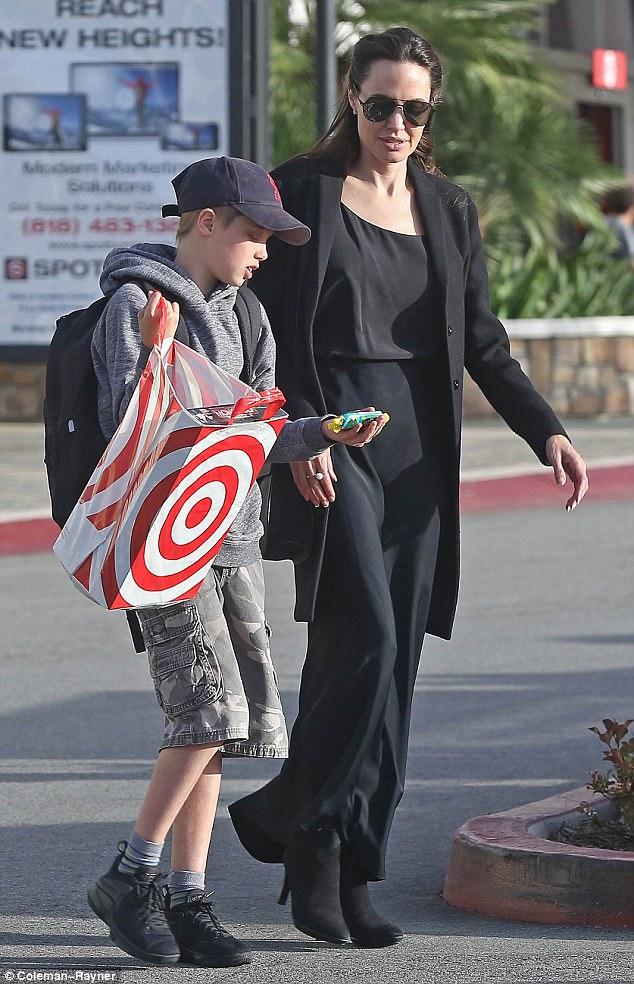 """Nghịch lý hậu ly hôn, Brad Pitt phải chăng đã là """"cỏ rác""""? - 11"""