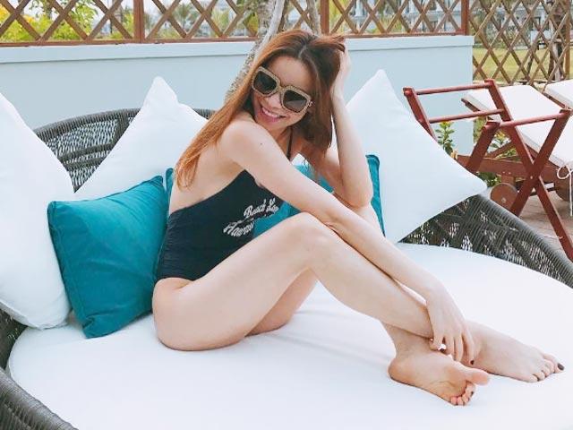 Hot nhất ngày: Hà Hồ tung ảnh bikini lộ đùi thon, chân nuột - 1