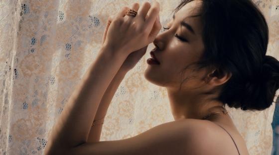 Bạn gái Lee Min Ho khiến fan nóng mắt vì quá gợi tình - 2