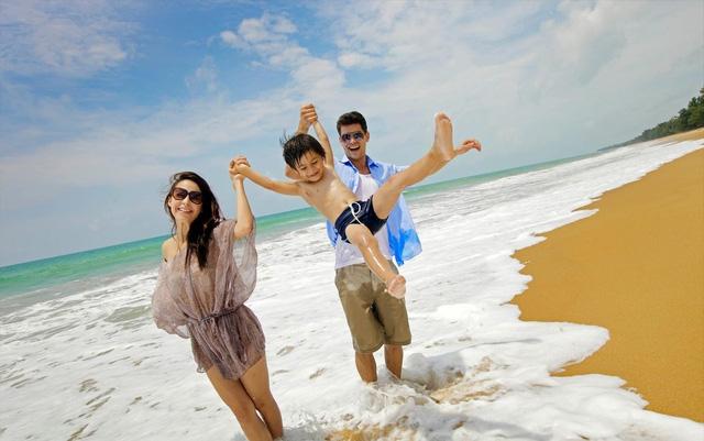 Những cách bảo vệ sức khỏe khi đi du lịch mùa hè - 1