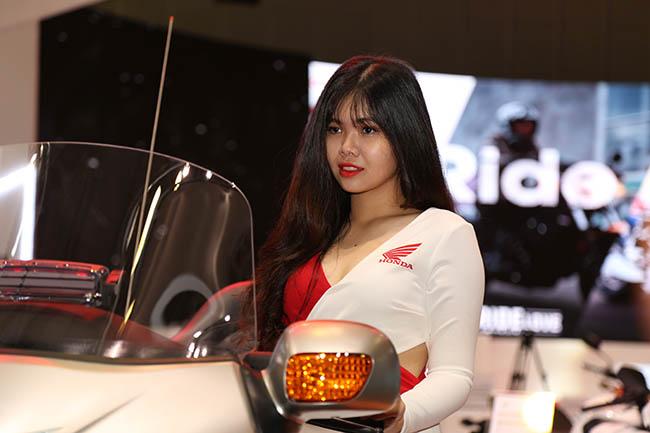 Triển lãm Mô tô,xe máy Việt Nam (VMCS 2017)đã chính thức mở màn tại Trung tâm Hội chợ và Triển lãm Sài Gòn (SECC, Q.7, TP.HCM)từ 16hngày 4/5.