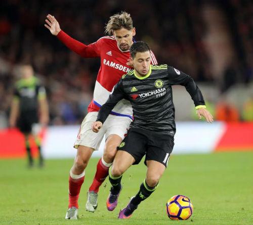 Ngoại hạng Anh trước vòng 36: MU – Mourinho cứu rỗi Arsenal - 2