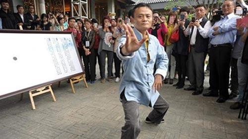 Rộ tin võ sĩ MMA gửi lời thách đấu vệ sĩ của tỷ phú Jack Ma - 1