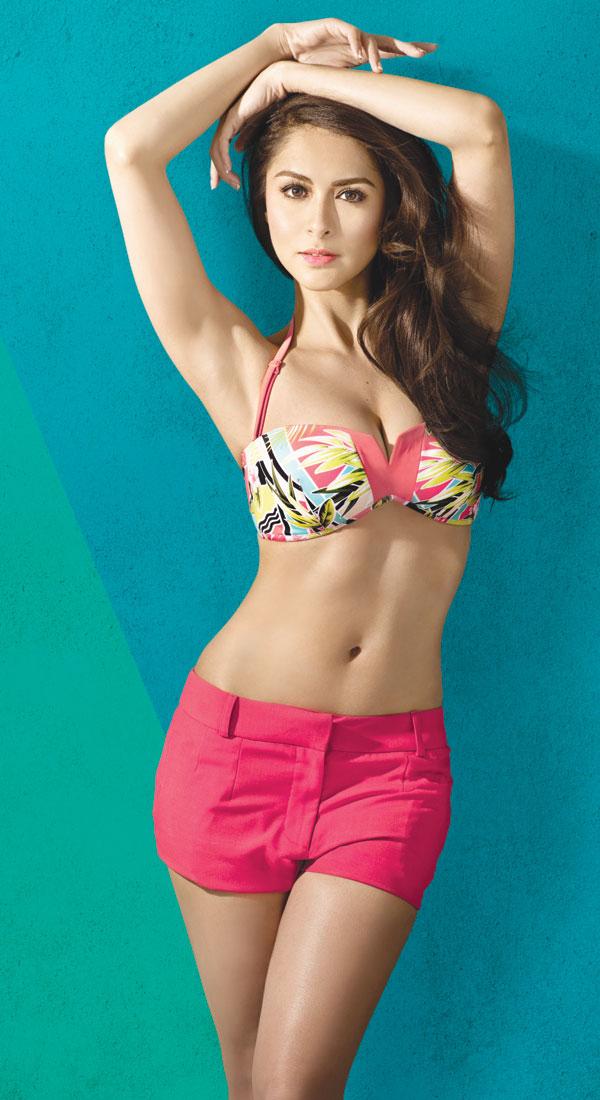Mỹ nữ được tổng thống Philippines cưng nhất mặc bikini đẹp như vẽ - 11