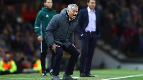 MU và cúp C1: Vô địch Europa League chưa yên tâm - 1