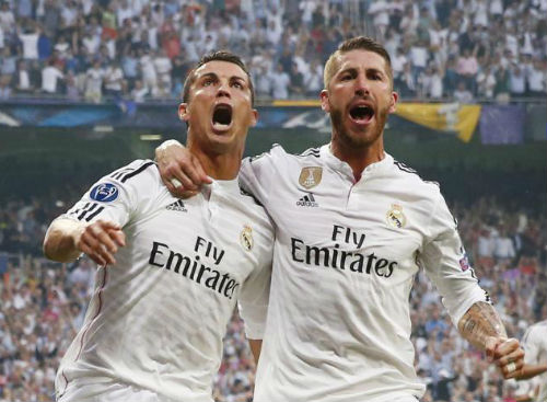 Sau siêu hat-trick, Ronaldo khiến nữ MC sung sướng tột đỉnh - 5