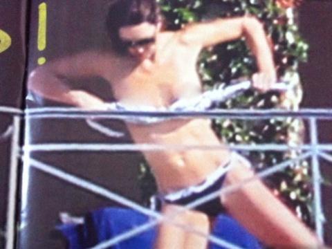 Tung ảnh ngực trần Công nương Kate, báo Pháp bị phạt 36 tỉ - 1