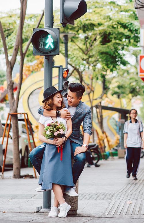 Cặp đôi nắm tay nhau đi khắp ba miền chụp ảnh cưới - 6