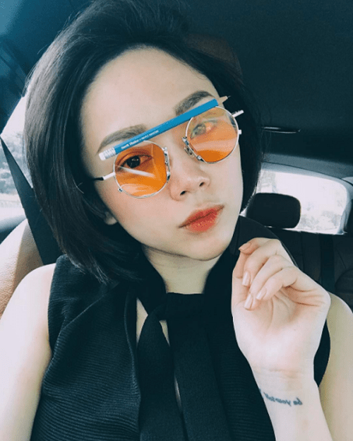 """Khó rời mắt trước loạt """"đồ hàng"""" cực chất của Tóc Tiên - 9"""