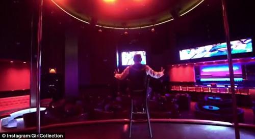 Chơi bạo: Mayweather vác 150 tỷ VNĐ mua cả CLB mỹ nhân - 5