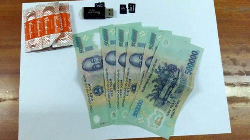 Nữ sinh Sài Gòn bị bạn trai tống tiền bằng clip nóng - 2