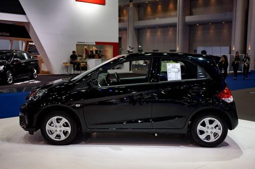 Xe nhỏ giá rẻ Honda Brio chỉ từ 324 triệu đồng - 2