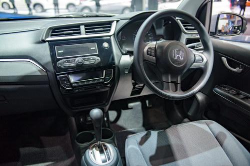 Xe nhỏ giá rẻ Honda Brio chỉ từ 324 triệu đồng - 4