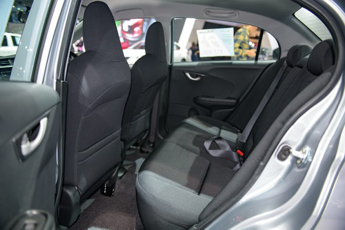Xe nhỏ giá rẻ Honda Brio chỉ từ 324 triệu đồng - 10