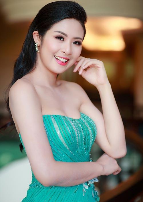 """Phạm Hương, Mai Phương Thúy hết """"đen nhẻm"""" từ khi nào? - 4"""