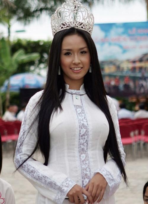 """Phạm Hương, Mai Phương Thúy hết """"đen nhẻm"""" từ khi nào? - 7"""