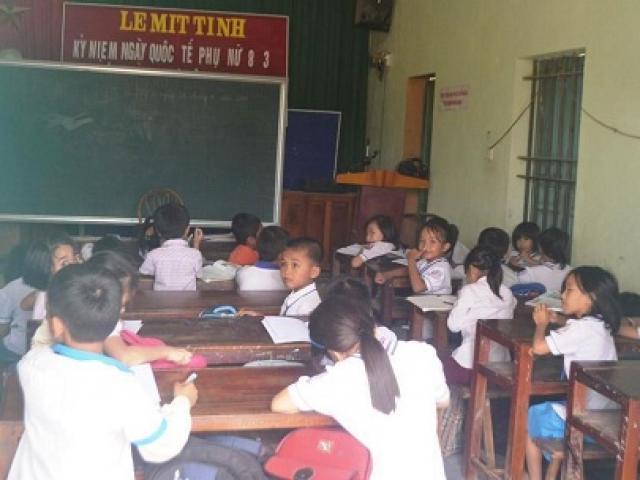 Nghệ An: Hàng trăm học sinh vừa học vừa run vì trường xuống cấp nặng