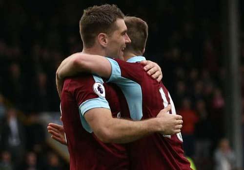 Burnley - West Brom: Cú đúp trị giá 120 triệu bảng - 1