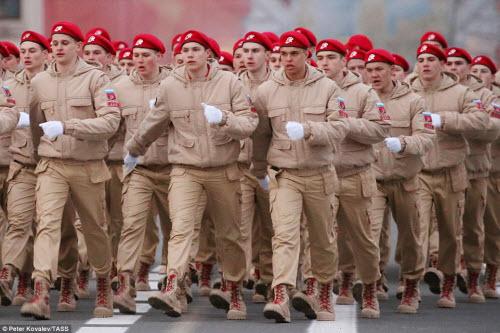 Xem quân đội Nga rầm rập luyện tập chuẩn bị duyệt binh - 3